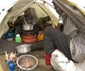 Préparation du repas - Shira Camp 3840 m d'altitude - Ascension du Kilimandjaro - Tanzanie